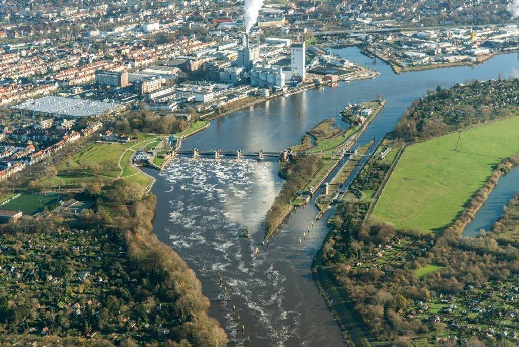 Wehrführung durch das Bremer Weserwehr - Eine Führung vor Ort